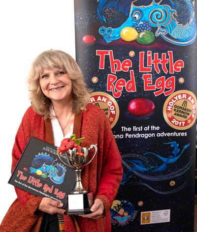 Judy Scrimshaw winner of the Holyer An Gof Award 2017
